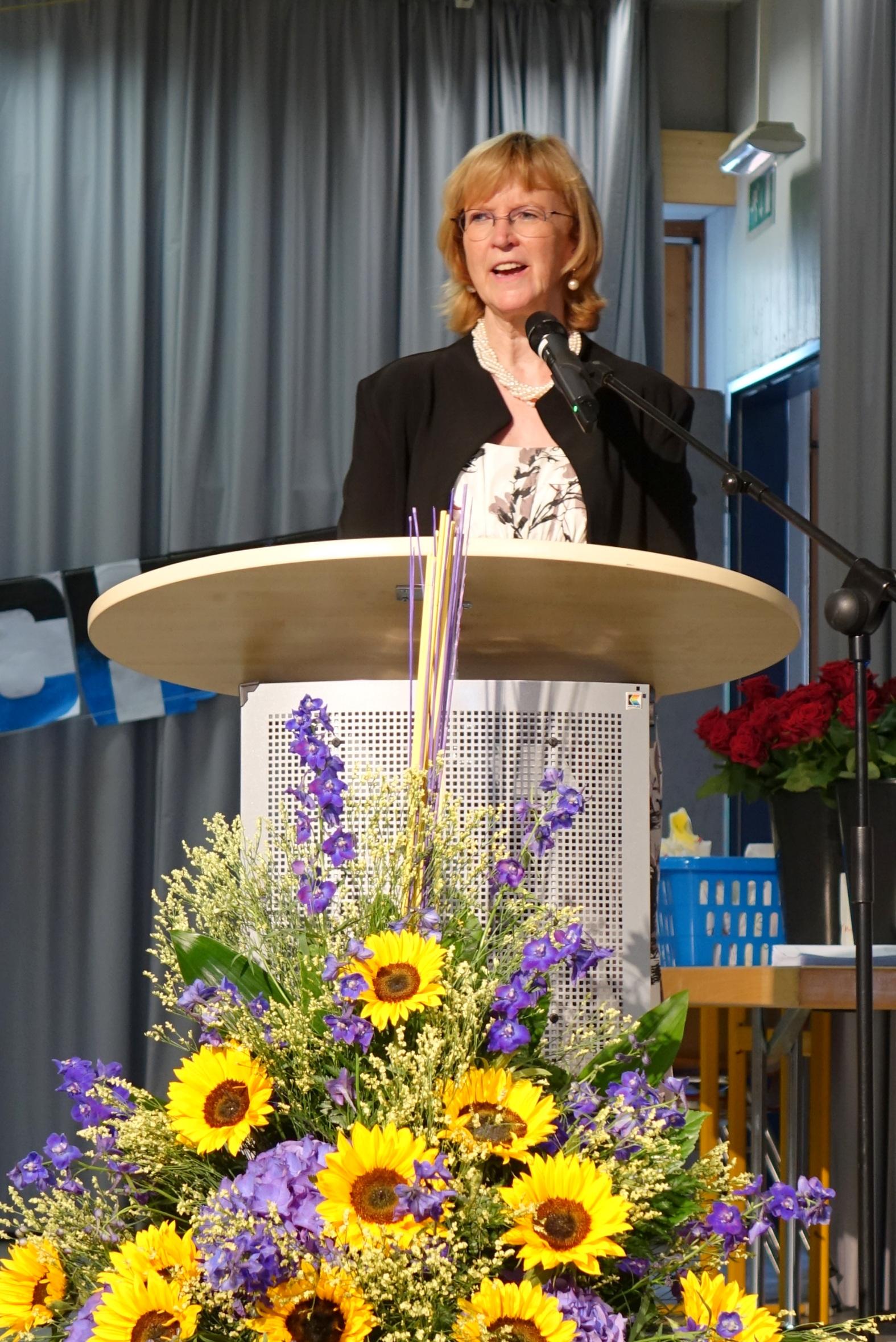 Dr. Karin Hilgers, Schulleiterin